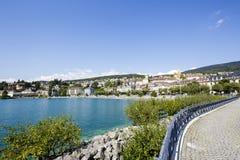 Ansicht in Richtung zur Stadt von Neuchatel, die Schweiz Lizenzfreie Stockfotos