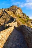 Ansicht San Juan de Gatzelugatxe lizenzfreie stockfotos
