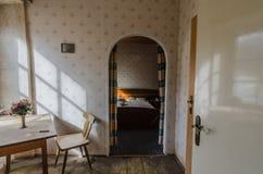 Ansicht in Schlafzimmer eines Hauses stockfoto