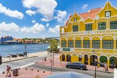 Ansicht unten zu Punda-Ufergegend-Curaçao-Ansichten Lizenzfreie Stockfotografie
