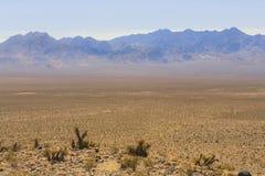Ansicht vom alten Spanischen schleppen Landstraße, Nevada, USA stockbild