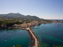 Ansicht vom Aragonese-Schloss Lizenzfreie Stockfotografie
