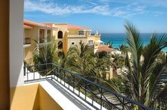 Ansicht vom Balkon an einer Rücksortierung in Cabo San Lucas, Mexiko Stockfotografie