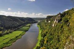 Ansicht vom Bastei auf dem Fluss Elbe lizenzfreie stockfotos