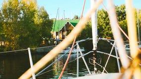 Ansicht vom Bootshaus stock video