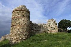 Ansicht vom bulgarischen Schloss und von den Umgebungen lizenzfreies stockbild