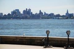 Ansicht vom Ellis Island. Lizenzfreie Stockfotografie