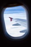 Ansicht vom Fenster eines Flugzeuges Lizenzfreie Stockfotografie