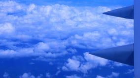 Ansicht vom Flugzeugfenster stockfotos