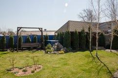 Ansicht vom Hinterhof zu Hause stockbilder