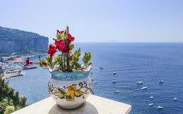 Ansicht vom Hotel zur Amalfi-Küste nahe Vico Equense Stockbild