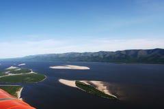 Ansicht vom Hubschrauber auf dem Fluss Stockbilder