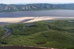 Ansicht vom Hubschrauber auf dem Fluss Lizenzfreies Stockbild