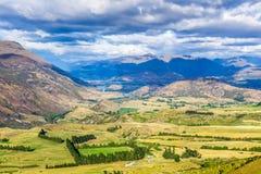 Ansicht vom Kronen-Strecken-Ausblick, Südinsel, Neuseeland Stockfotos