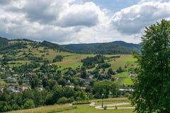 Ansicht vom magischen Gartenturm in Muszyna stockbilder