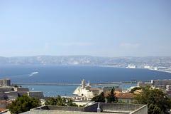 Ansicht vom Notre Damede-La Garde auf Marseille Lizenzfreie Stockfotos