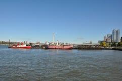 Ansicht vom Pier auf Hudson River in New York Stockfoto
