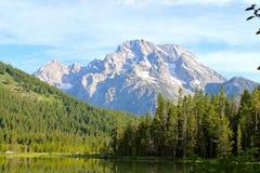 Ansicht vom String See im großartigen Tetons Stockfotografie