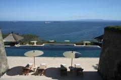 Ansicht vom Swimmingpool Lizenzfreies Stockfoto