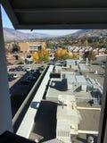 Ansicht vom szenischen Krankenhaus Kamloops-Stadt Stockbild