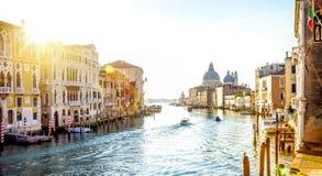 Ansicht von Accademia-Brücke auf Grand Canal in Venedig, Italien Stockfotos