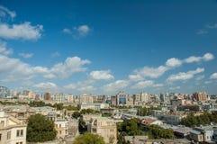 Ansicht von Baku Azerbaijan auf hellem Stockbild