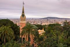 Ansicht von Barcelona, Spanien vom Park Guell stockbild