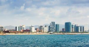 Ansicht von Barcelona vom Meer Stockfotos