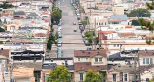Ansicht von berühmten steilen San Francisco-Straßen Stockfotografie