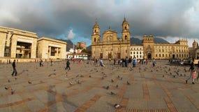 Ansicht von Bolivar-Piazza im La-Candelaria-Bereich im Stadtzentrum der Stadt von Bogota Lizenzfreies Stockfoto
