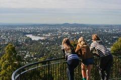 Ansicht von Brisbane von Mt Blässhuhn-thastandpunkt Lizenzfreie Stockbilder
