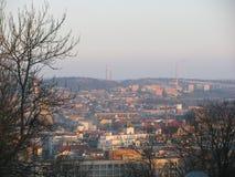 Ansicht von Brno von Å-pilberk in den Handels- und Wohngebäuden lizenzfreie stockbilder