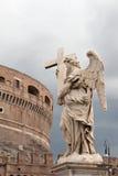 Ansicht von Castel Sant `Angelo und eins von Bernini `s Str. Stockbild