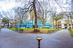 Ansicht von Chapman Square in im Stadtzentrum gelegenem Portland Stockbild