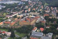 Ansicht von den Flugzeugen zum Bereich von Prag Stockbilder