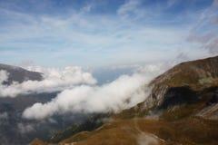 Ansicht von der alpinen Straße lizenzfreie stockfotografie