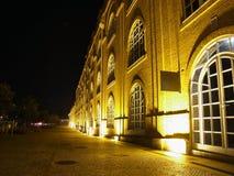 Ansicht von der alten Fabrik in Aveir lizenzfreies stockbild