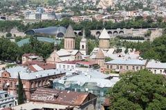 Ansicht von der alten Straße in Tiflis Stockbild