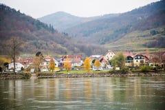 Ansicht von der Donau Stockfotografie