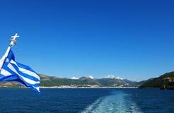 Ansicht von der Fähre auf dem blauen Meer Lizenzfreie Stockfotografie