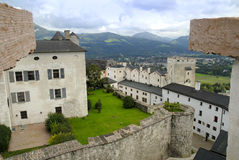 Ansicht von der Hohensalzburg-Festung in Salzburg ist die kompletteste Festung von den mittelalterlichen Zeiten, die in Europa ve lizenzfreie stockbilder