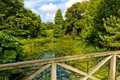 Ansicht von der Holzbrücke Stockbild
