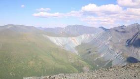 Ansicht von der Oberseite des Berges stock video footage