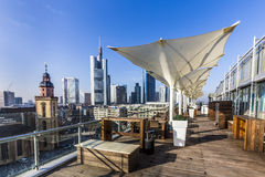 Ansicht von der Panoramaplattform zu den Skylinen in Frankfurt Stockfotos