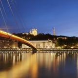 Ansicht von der Saone bei spätem Sonnenuntergang in Lyon-Stadt Lizenzfreie Stockfotos