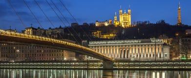 Ansicht von der Saone in Lyon bis zum Nacht Lizenzfreies Stockfoto