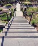 Ansicht von der Spitze der Flüge der Treppe Stockfotos