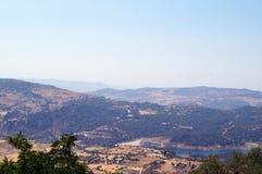 Ansicht von der Spitze Troodos-Berges in Zypern Lizenzfreie Stockbilder