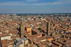 Ansicht von der Spitze von Asinelli-Turm lizenzfreie stockbilder