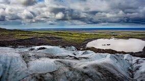 Ansicht von der Vatnajokull-Gletscherzunge in Island lizenzfreie stockfotos